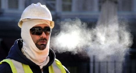 Prevent Worker Injuries in Extreme Cold